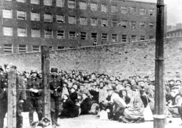 Deportation to death. Grossaktion in the Warsaw Ghetto on 22 July 1942