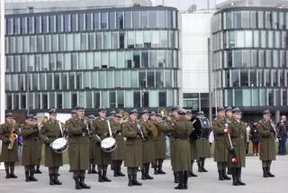 Armia bez mundurów i karabinów