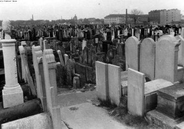 Cmentarz żydowski na Okopowej – trzy perspektywy (cz. 1)
