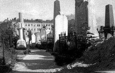 Cmentarz żydowski na Okopowej – trzy perspektywy (cz. 2)
